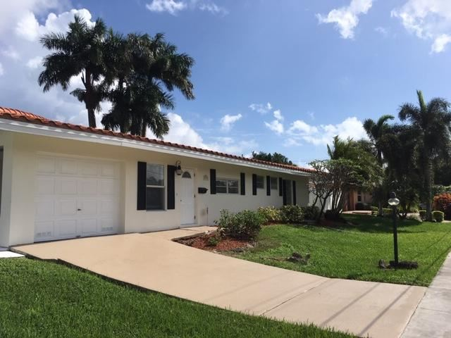 Photo of 4920 NE 24th Avenue, Lighthouse Point, FL 33064 (MLS # RX-10667891)