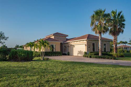 Foto de inmueble con direccion 6760 Fox Hollow Drive West Palm Beach FL 33412 con MLS RX-10643892
