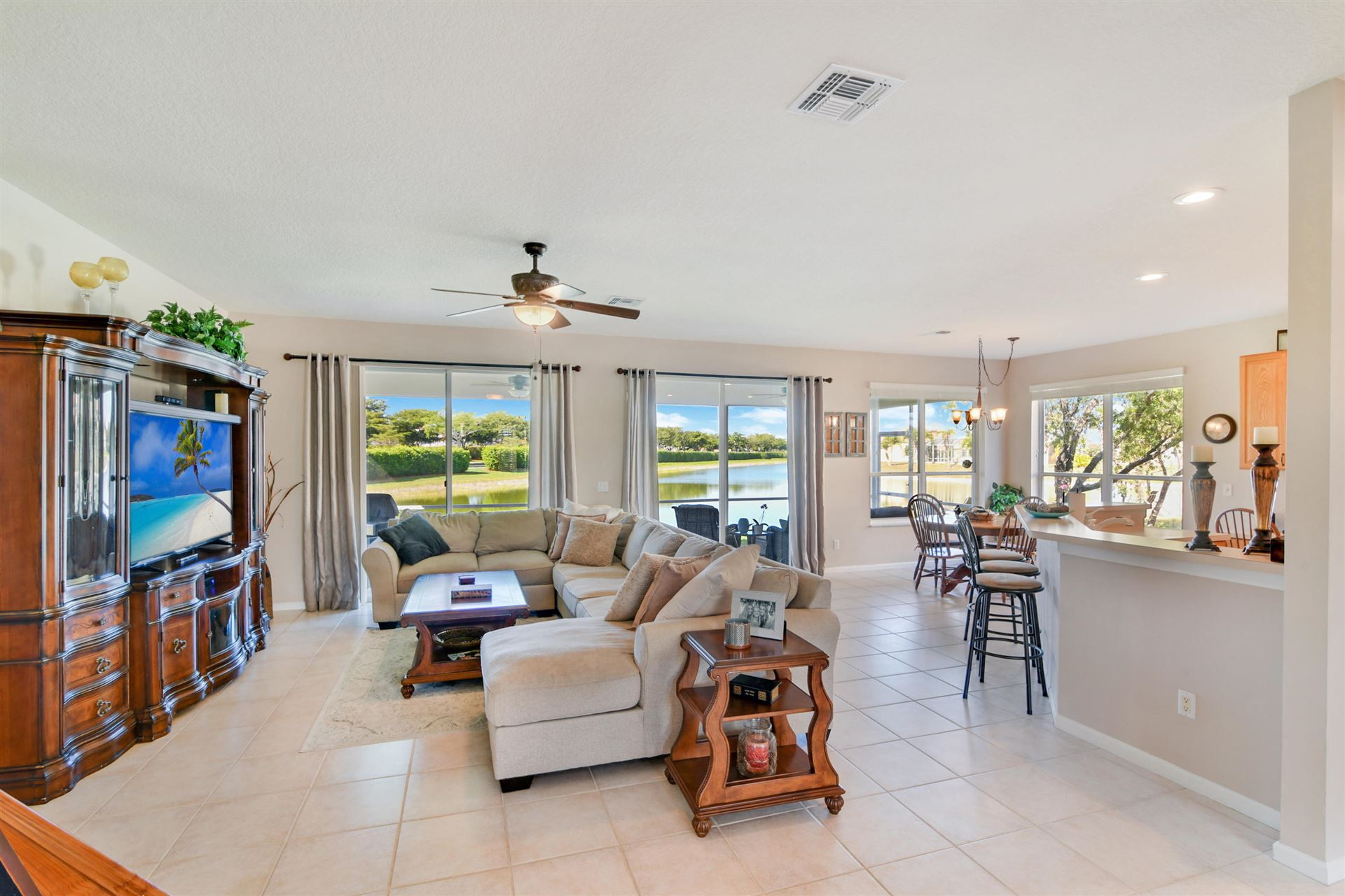 Photo of 12745 Tulipwood Circle, Boca Raton, FL 33428 (MLS # RX-10687893)