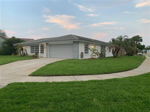Photo of Listing MLS rx in 75 Cinnamon Place Tequesta FL 33469