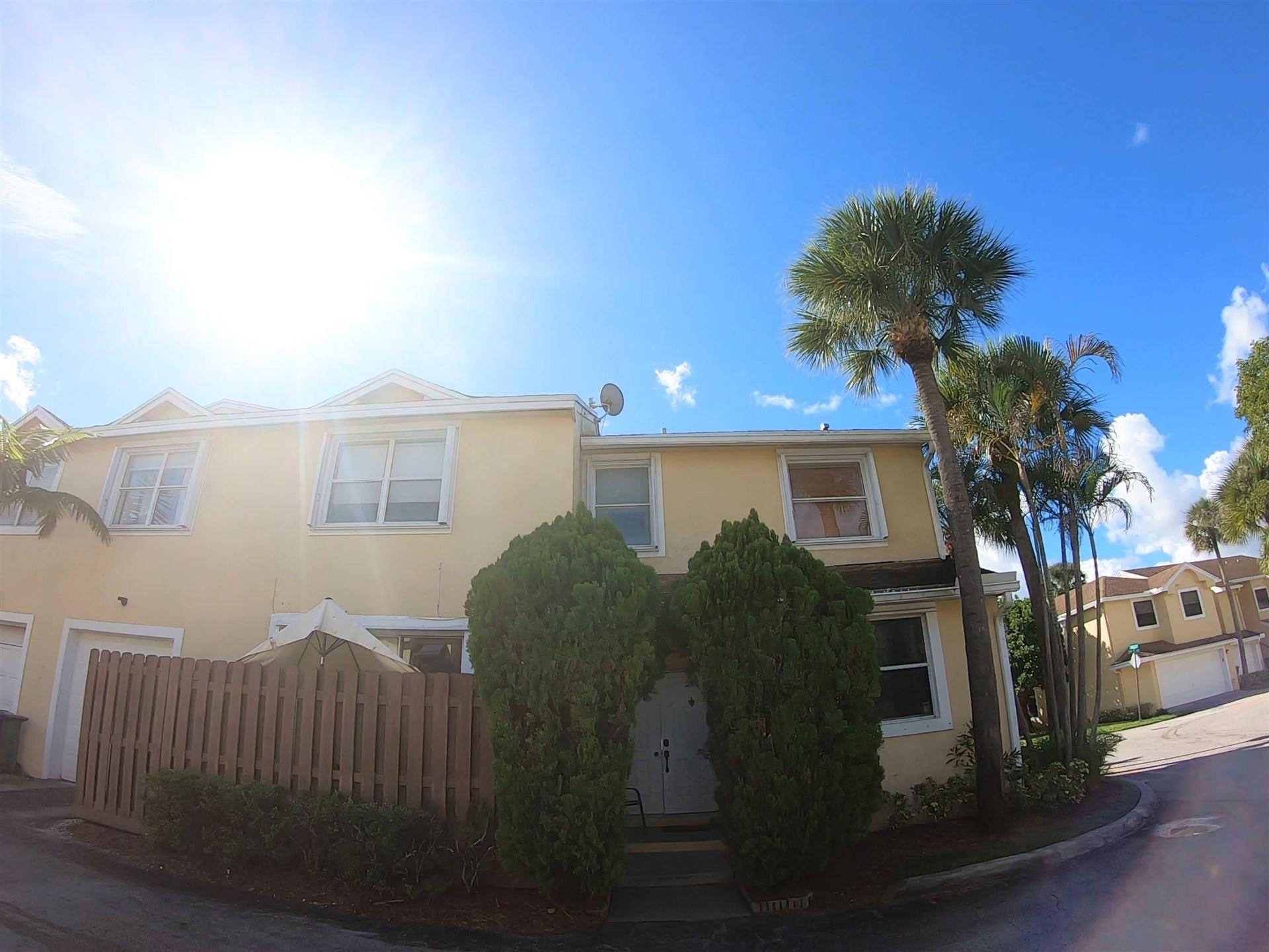 250 SW 95th Terrace, Pembroke Pines, FL 33025 - #: RX-10659894