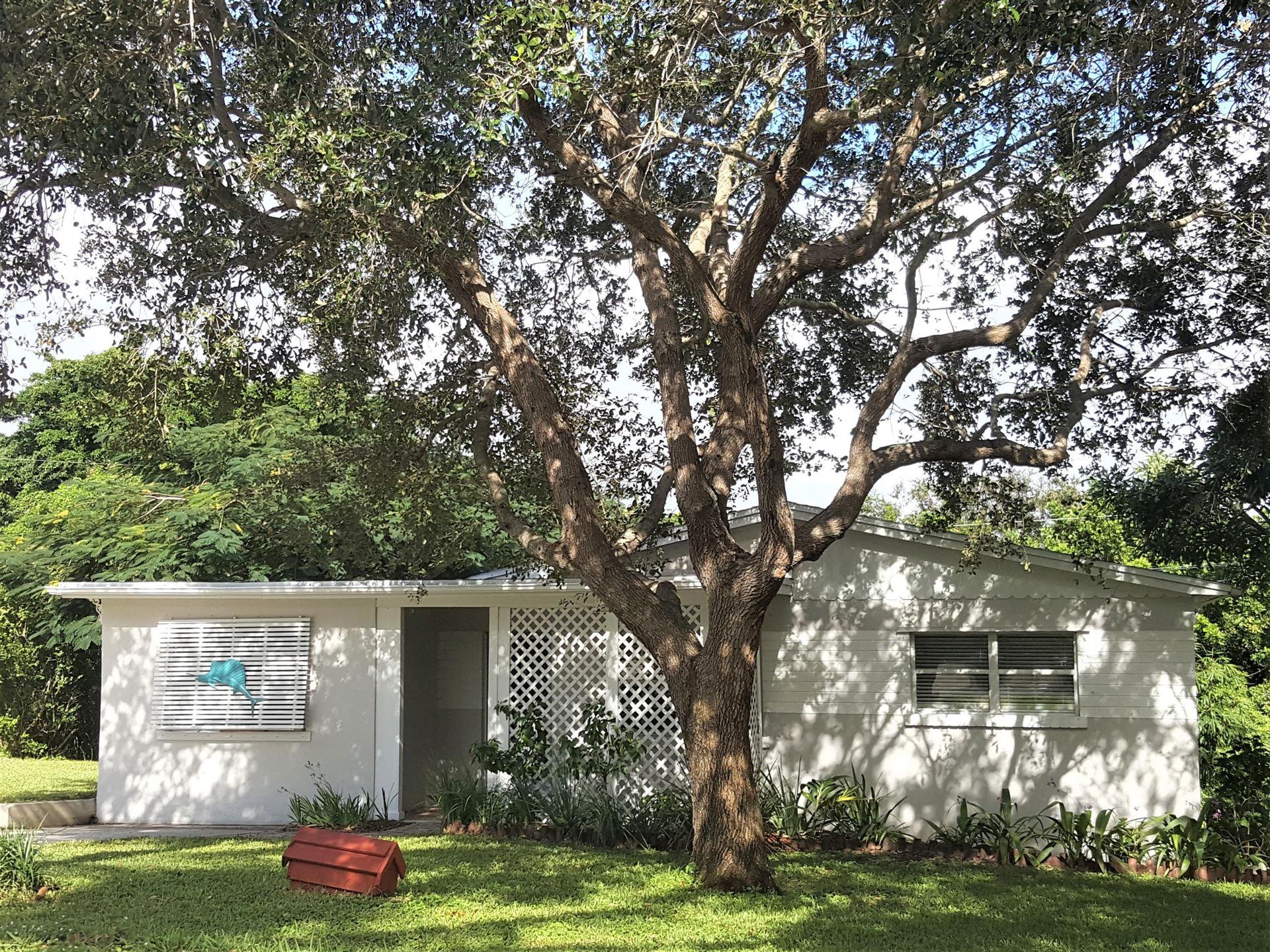 1933 NE Lake Place, Jensen Beach, FL 34957 - #: RX-10673895