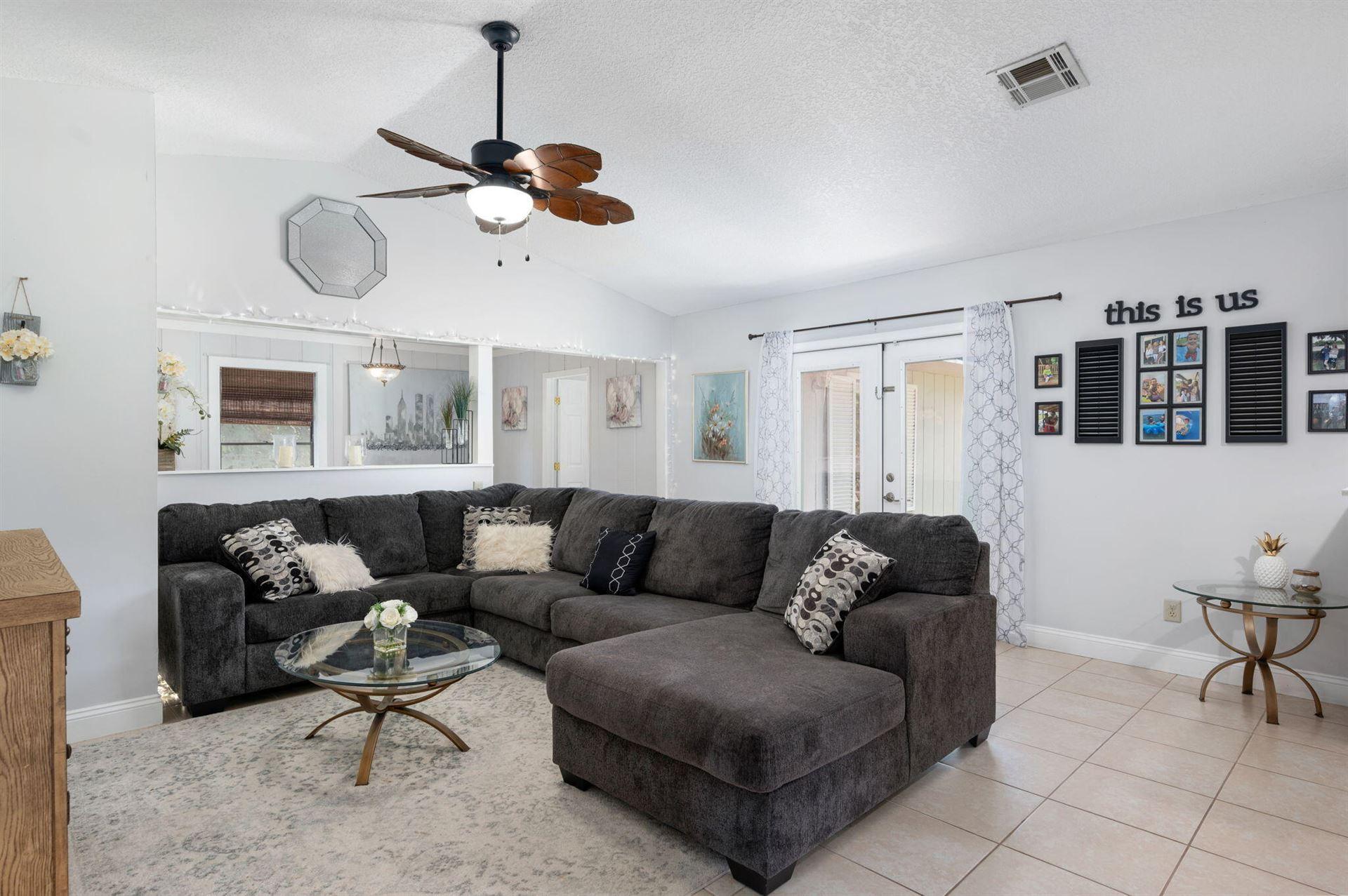 Photo of 125 20th Avenue, Vero Beach, FL 32962 (MLS # RX-10744896)