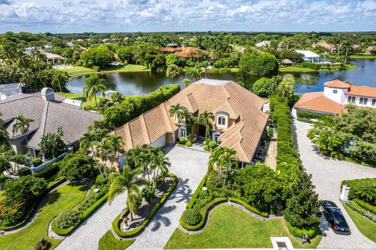 Photo for 13081 Monet Lane, Palm Beach Gardens, FL 33410 (MLS # RX-10751896)