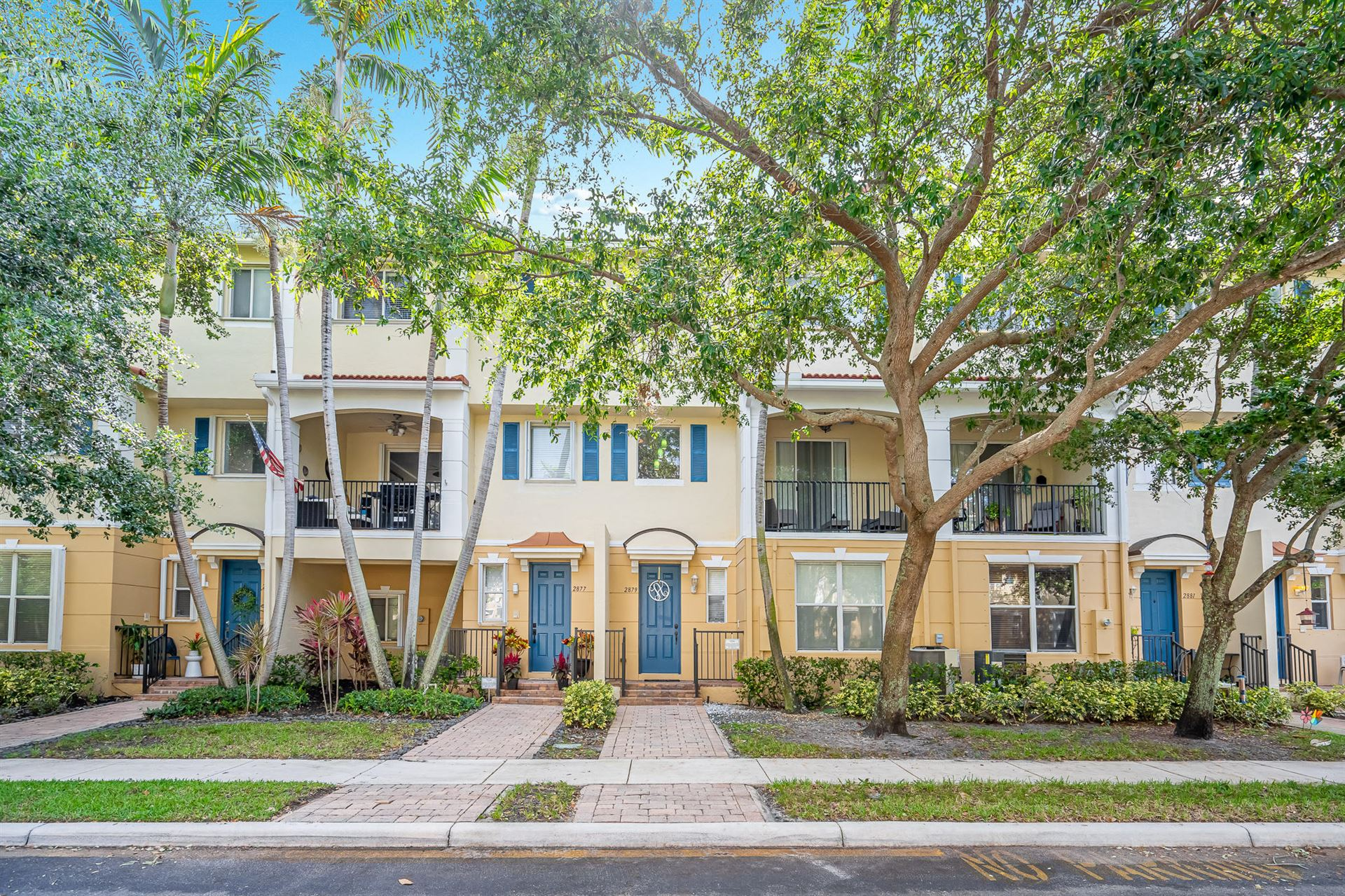 Photo of 2879 S Oasis Drive, Boynton Beach, FL 33426 (MLS # RX-10710897)