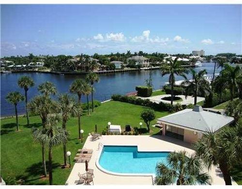 Photo of 611 SE 7th Street #Ph-3, Delray Beach, FL 33483 (MLS # RX-10694900)