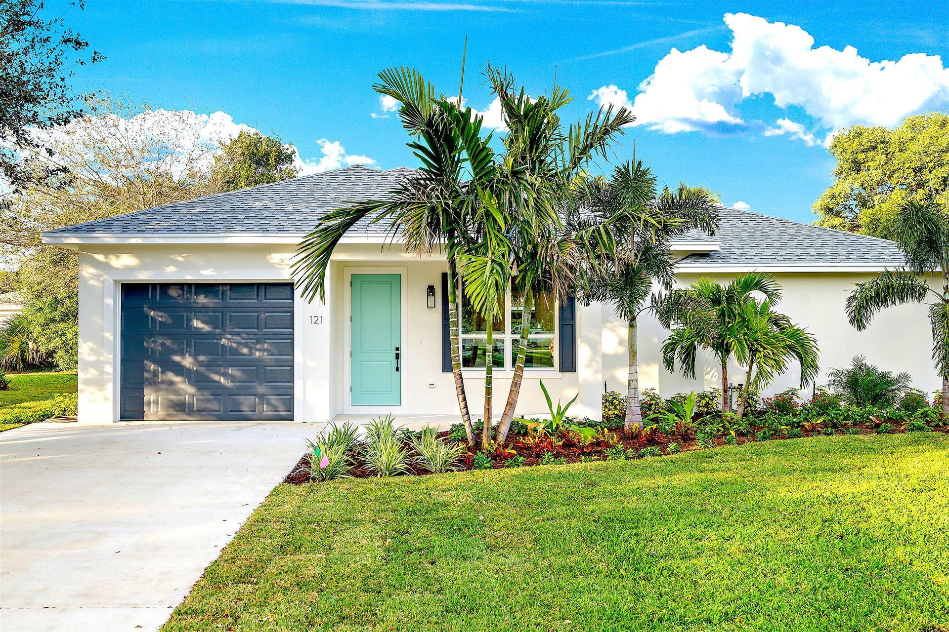 Photo of 121 Windsor Road E, Jupiter, FL 33469 (MLS # RX-10679901)