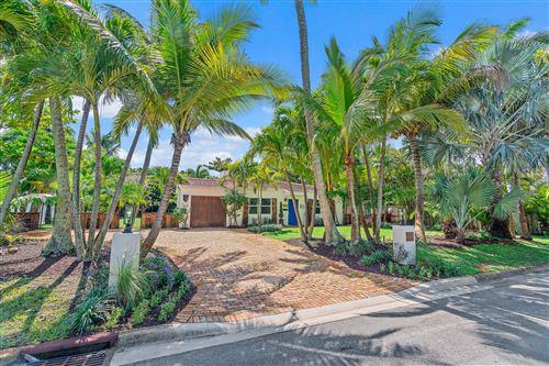 Foto de inmueble con direccion 302 E Lakewood Road West Palm Beach FL 33405 con MLS RX-10663902