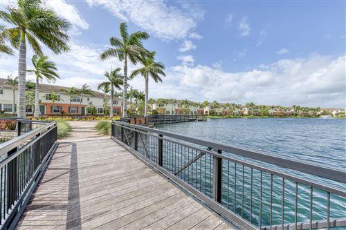 Photo of 716 SW 2nd Terrace, Pompano Beach, FL 33060 (MLS # RX-10657903)