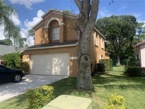 Photo of 15043 Oak Chase Court, Wellington, FL 33414 (MLS # RX-10749905)
