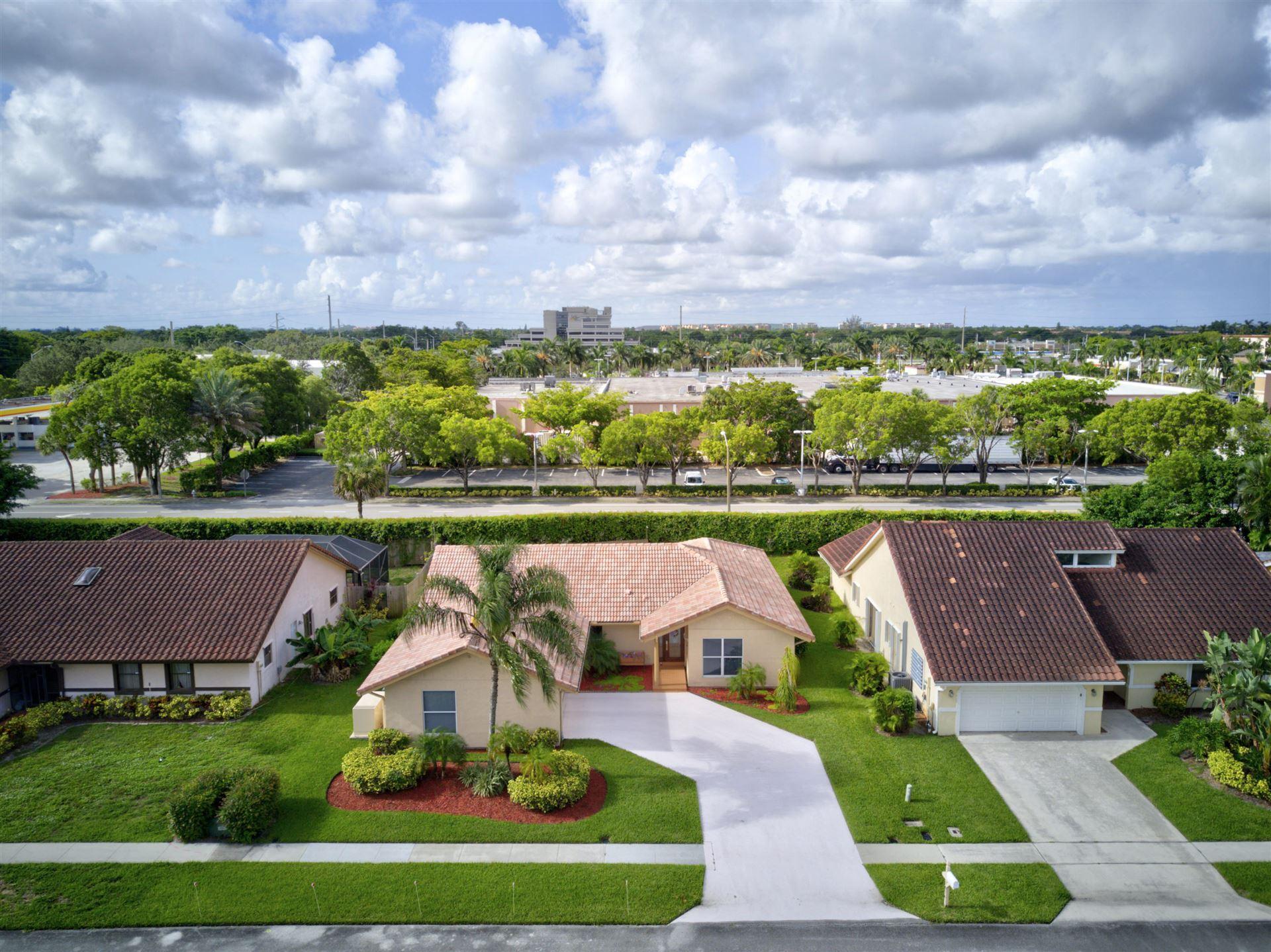 7076 San Sebastian Circle, Boca Raton, FL 33433 - #: RX-10642905