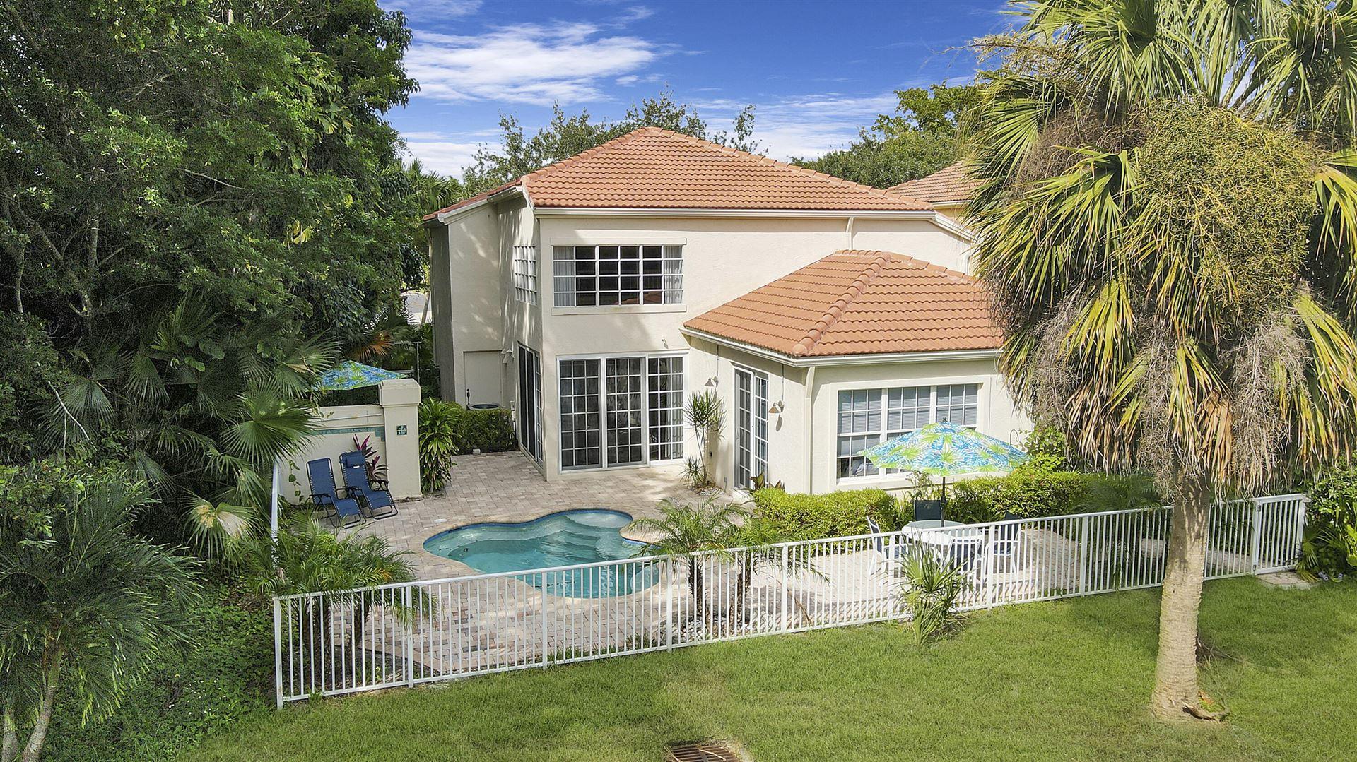 Photo of 1 Via Verona, Palm Beach Gardens, FL 33418 (MLS # RX-10750905)