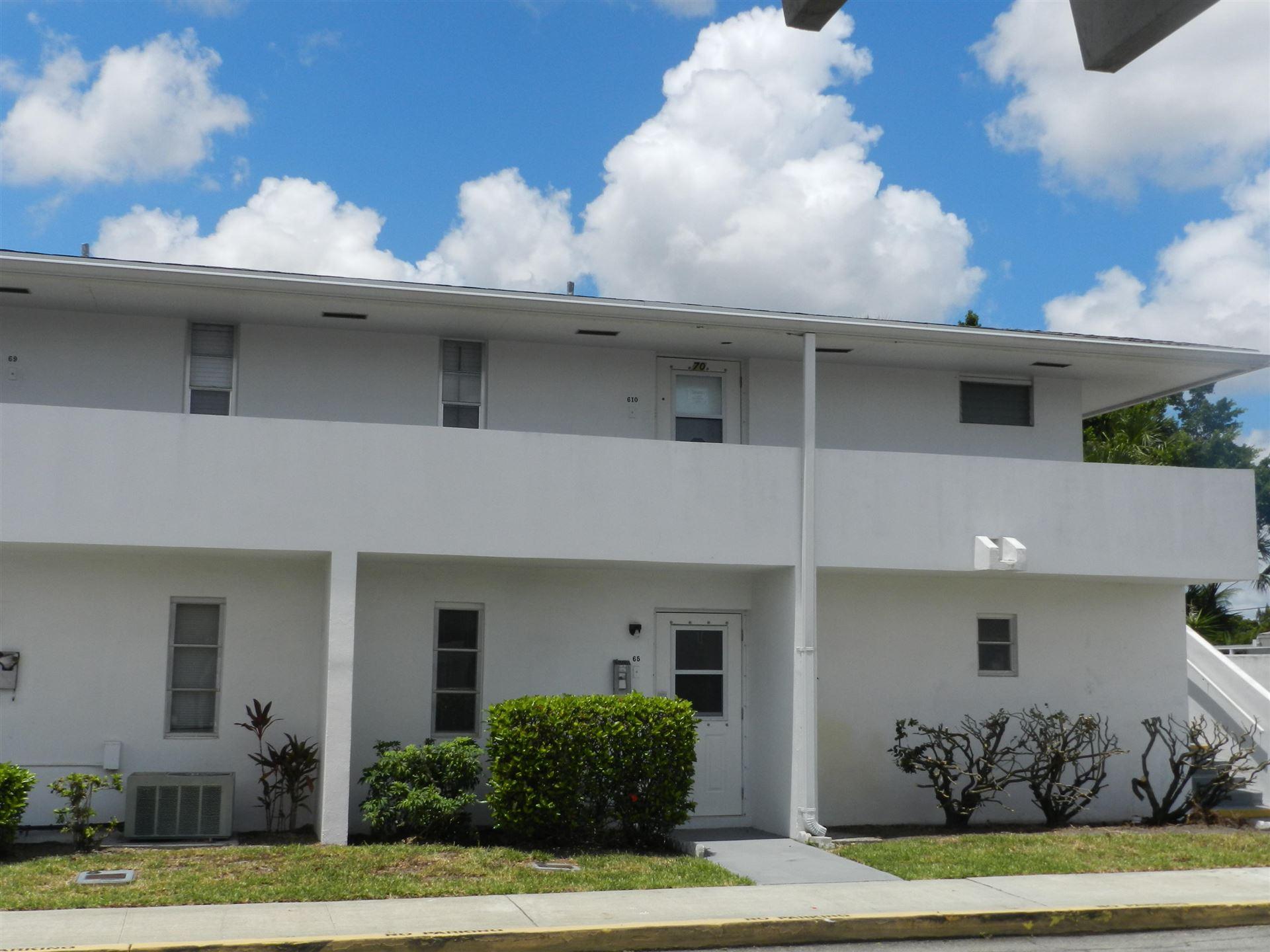 65 E East Court #65, Royal Palm Beach, FL 33411 - MLS#: RX-10720906