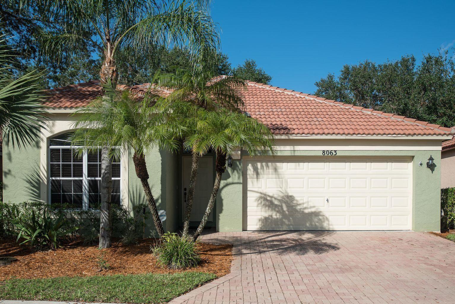 8063 Via Hacienda, Riviera Beach, FL 33418 - MLS#: RX-10730908