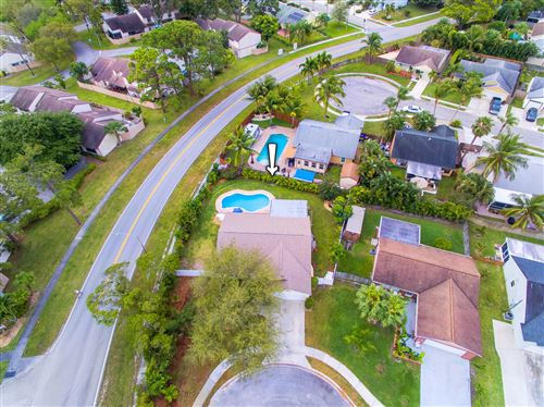 Photo of 104 Brookstone Court, Jupiter, FL 33458 (MLS # RX-10606912)