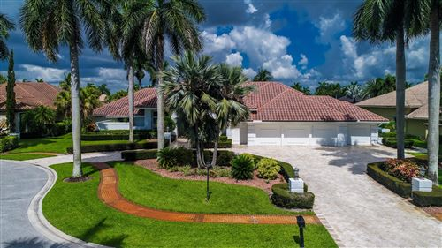 Photo of 17086 White Haven Drive, Boca Raton, FL 33496 (MLS # RX-10637912)