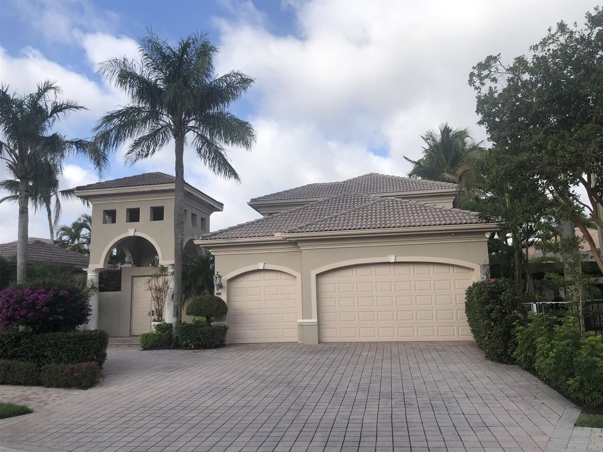 Photo of 125 Vintage Isle Lane, Palm Beach Gardens, FL 33418 (MLS # RX-10696912)