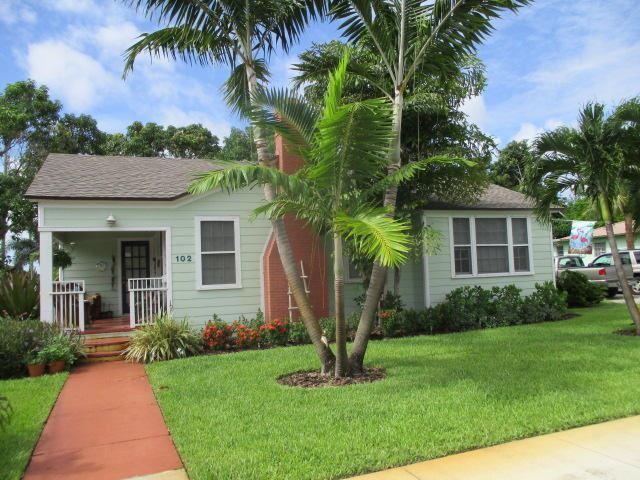 Photo of 102 W Ocean Avenue, Boynton Beach, FL 33435 (MLS # RX-10657914)