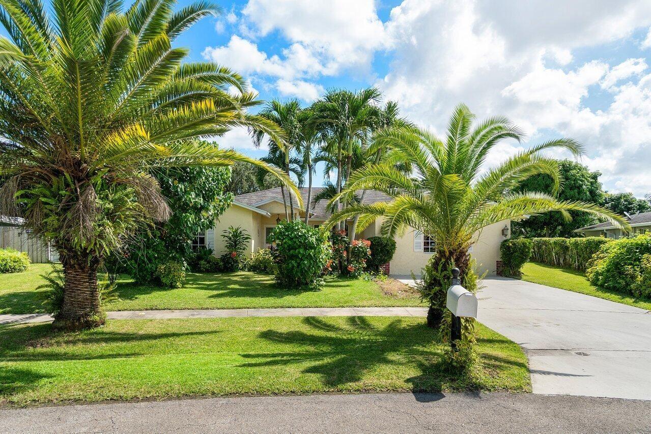 157 Santiago Street, Royal Palm Beach, FL 33411 - #: RX-10746914