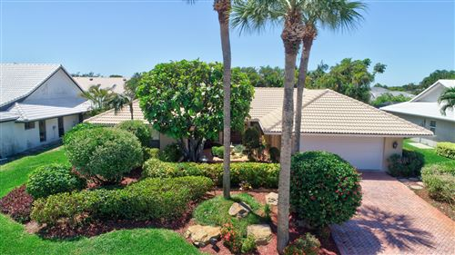 Photo of 4564 White Cedar Lane, Delray Beach, FL 33445 (MLS # RX-10424916)
