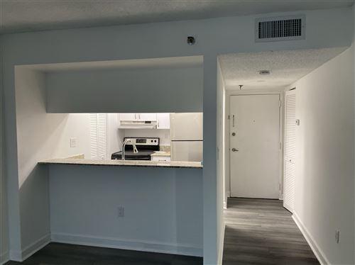 Foto de inmueble con direccion 800 N Miami Avenue #E-307 Miami FL 33136 con MLS RX-10650916