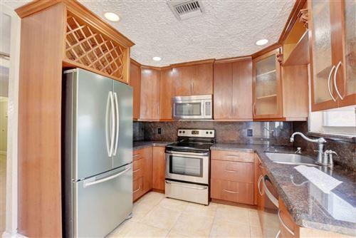 Photo of 134 SE 31st Avenue, Boynton Beach, FL 33435 (MLS # RX-10687917)
