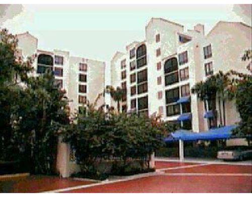 Photo of 7186 Promenade Drive #402, Boca Raton, FL 33433 (MLS # RX-10716919)