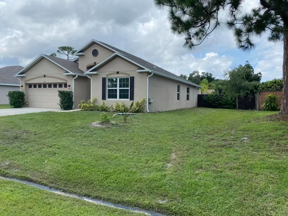 313 NE Glentry Avenue, Port Saint Lucie, FL 34983 - MLS#: RX-10733919