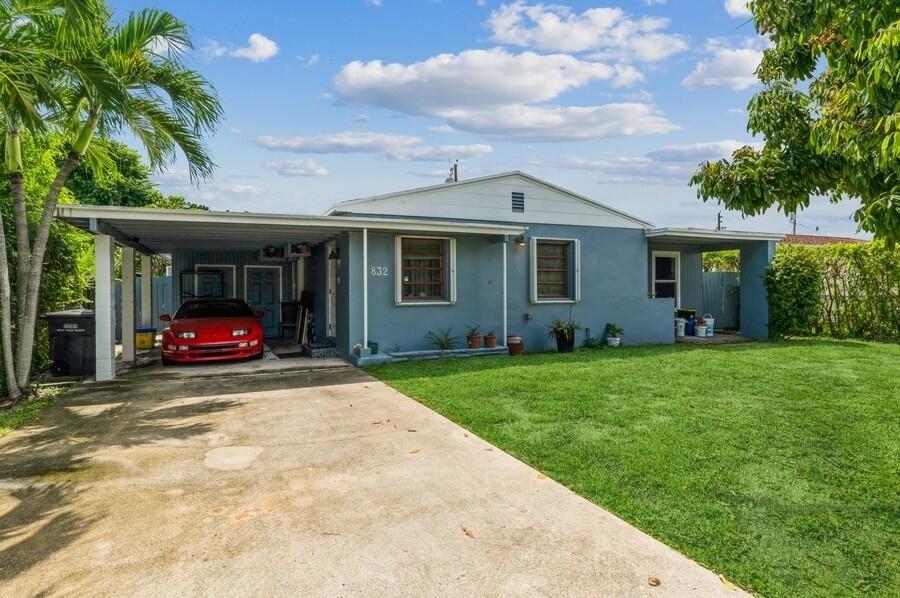 832 Fernwood Drive, West Palm Beach, FL 33405 - #: RX-10747920