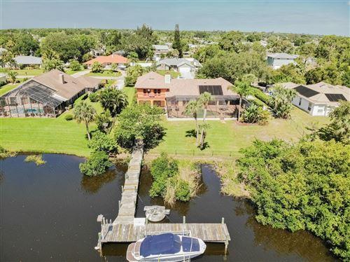 Photo of 609 SE Hidden River Drive, Port Saint Lucie, FL 34983 (MLS # RX-10667922)