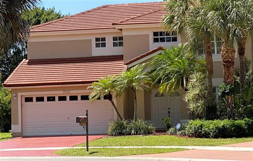 Photo of 1526 S Club Drive, Wellington, FL 33414 (MLS # RX-10632924)