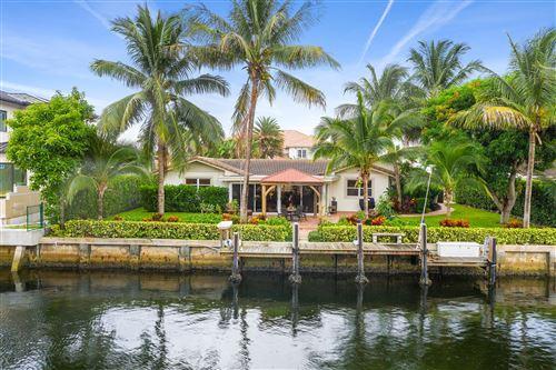 Photo of 929 Allamanda Drive, Delray Beach, FL 33483 (MLS # RX-10648925)