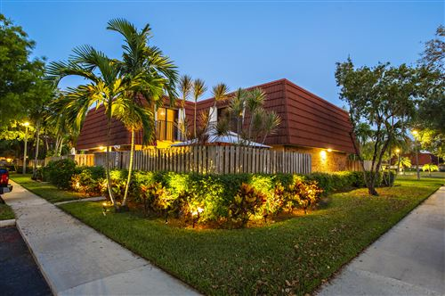 Photo of Listing MLS rx in 739 NW 98 Circle Plantation FL 33324