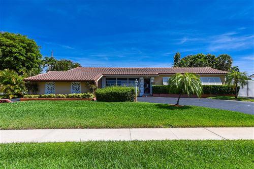 Photo of 541 Kingfish Road, North Palm Beach, FL 33408 (MLS # RX-10621929)