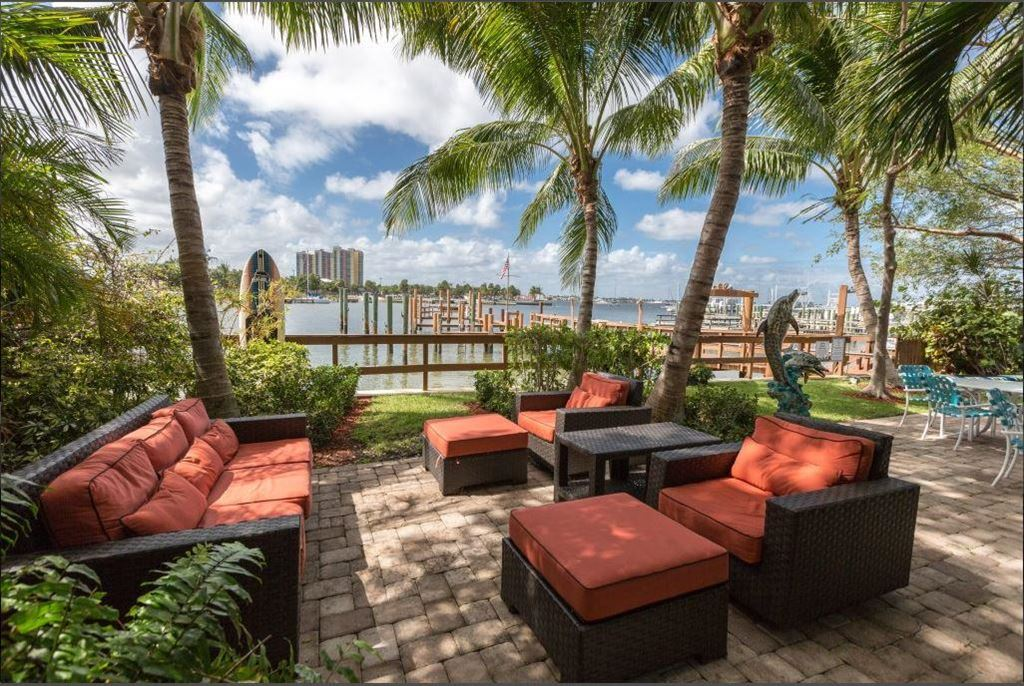 2615 Lake Drive, West Palm Beach, FL 33404 - #: RX-10570931
