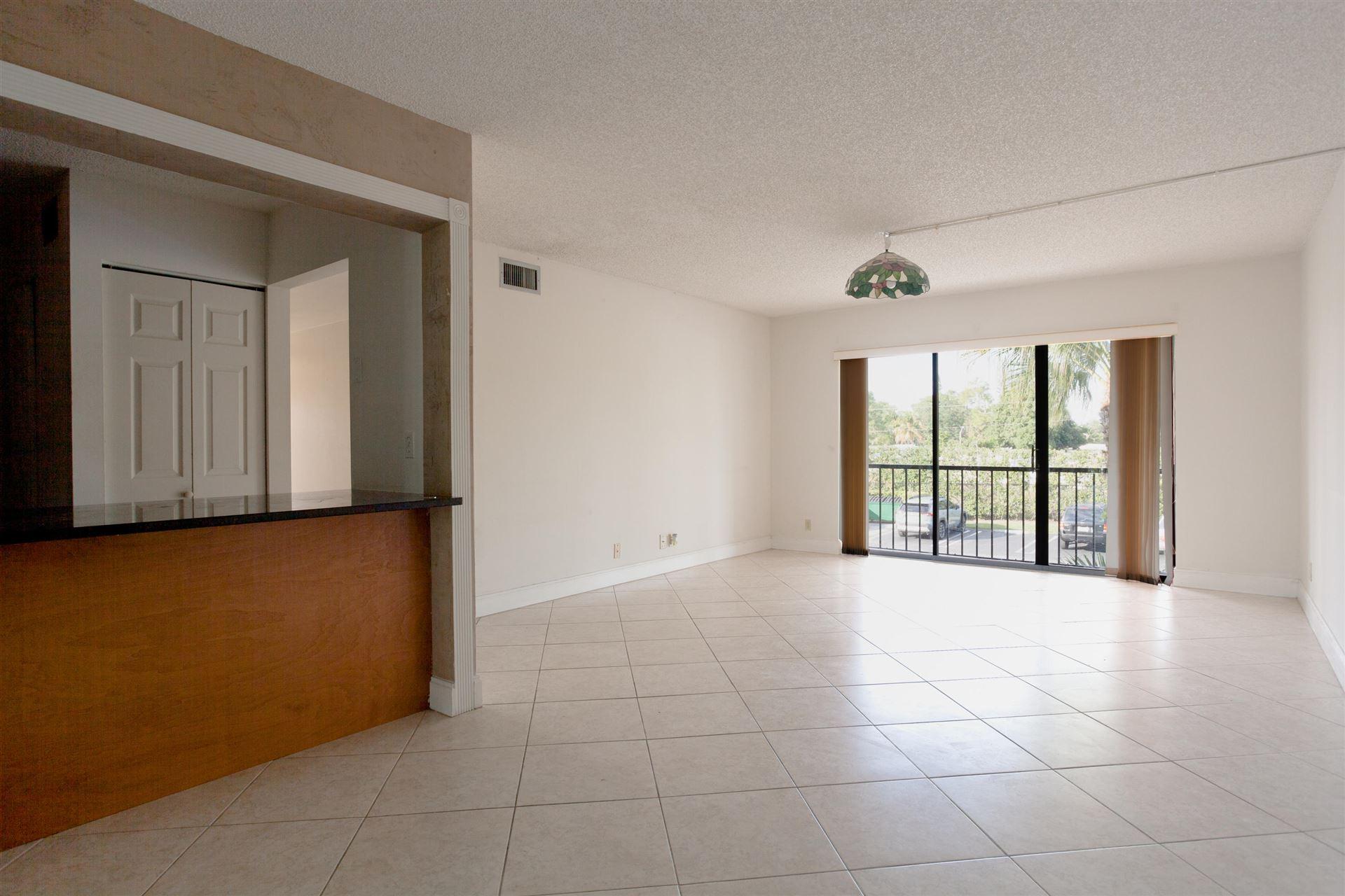 617 Sea Pine Way #D2, Greenacres, FL 33415 - #: RX-10652931