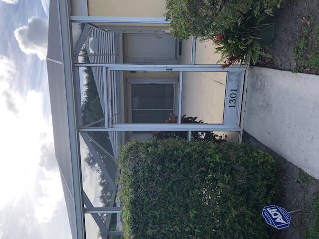 Photo of 1301 Sun Terrace Court, Palm Beach Gardens, FL 33403 (MLS # RX-10725931)