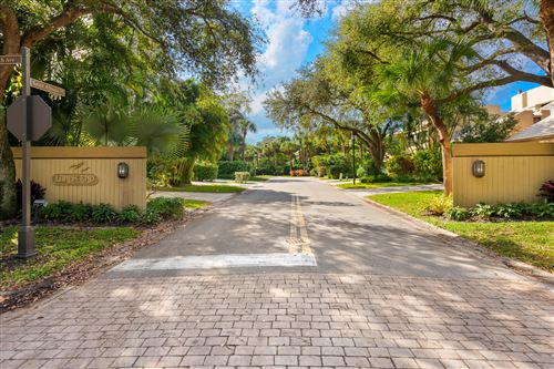 Photo of 715 Saint Albans Drive, Boca Raton, FL 33486 (MLS # RX-10602934)