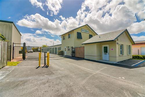 Photo of 1602 SE Village Green Drive, Port Saint Lucie, FL 34952 (MLS # RX-10609934)