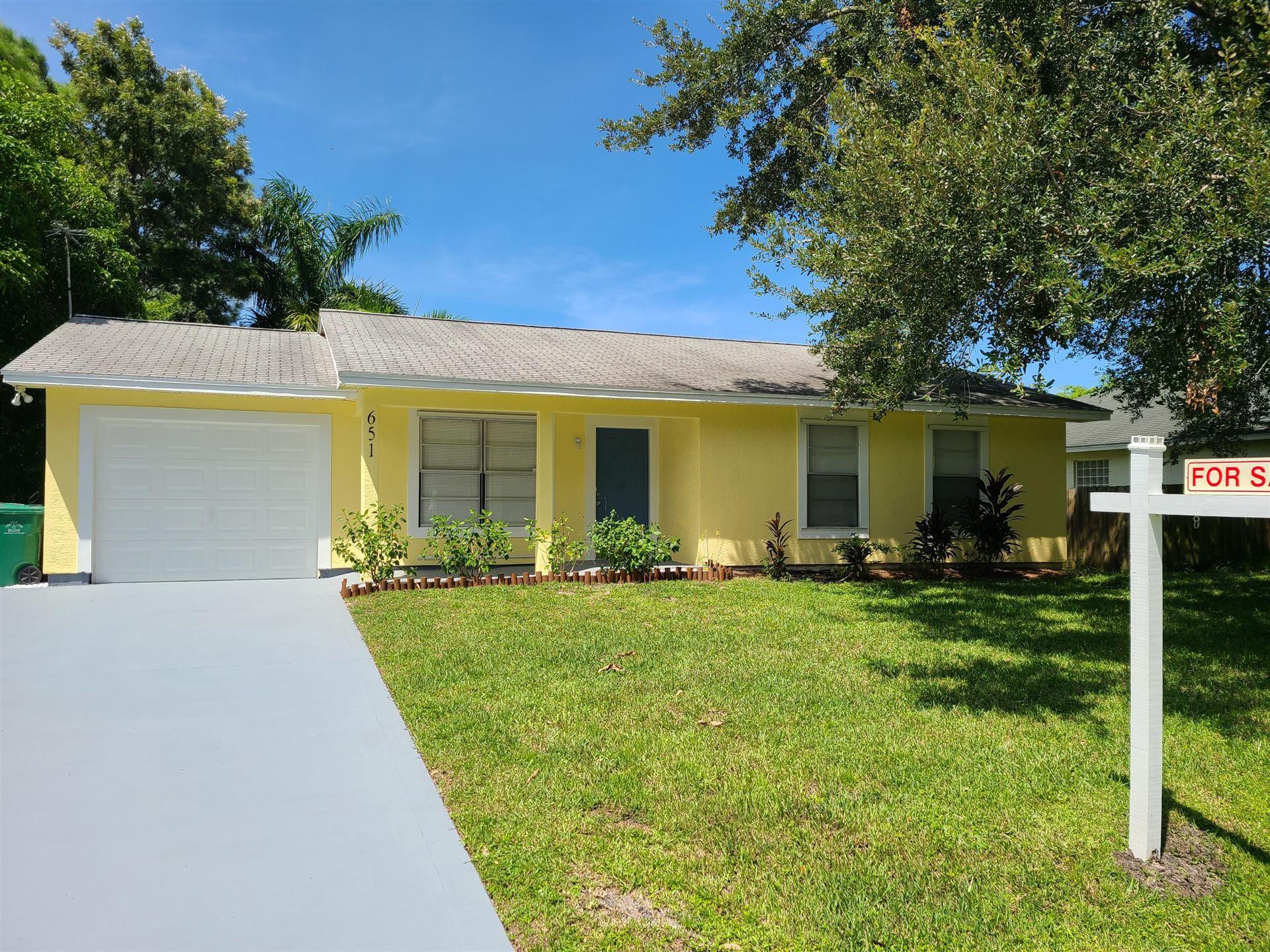 651 SW Exmore Avenue, Port Saint Lucie, FL 34983 - #: RX-10650934