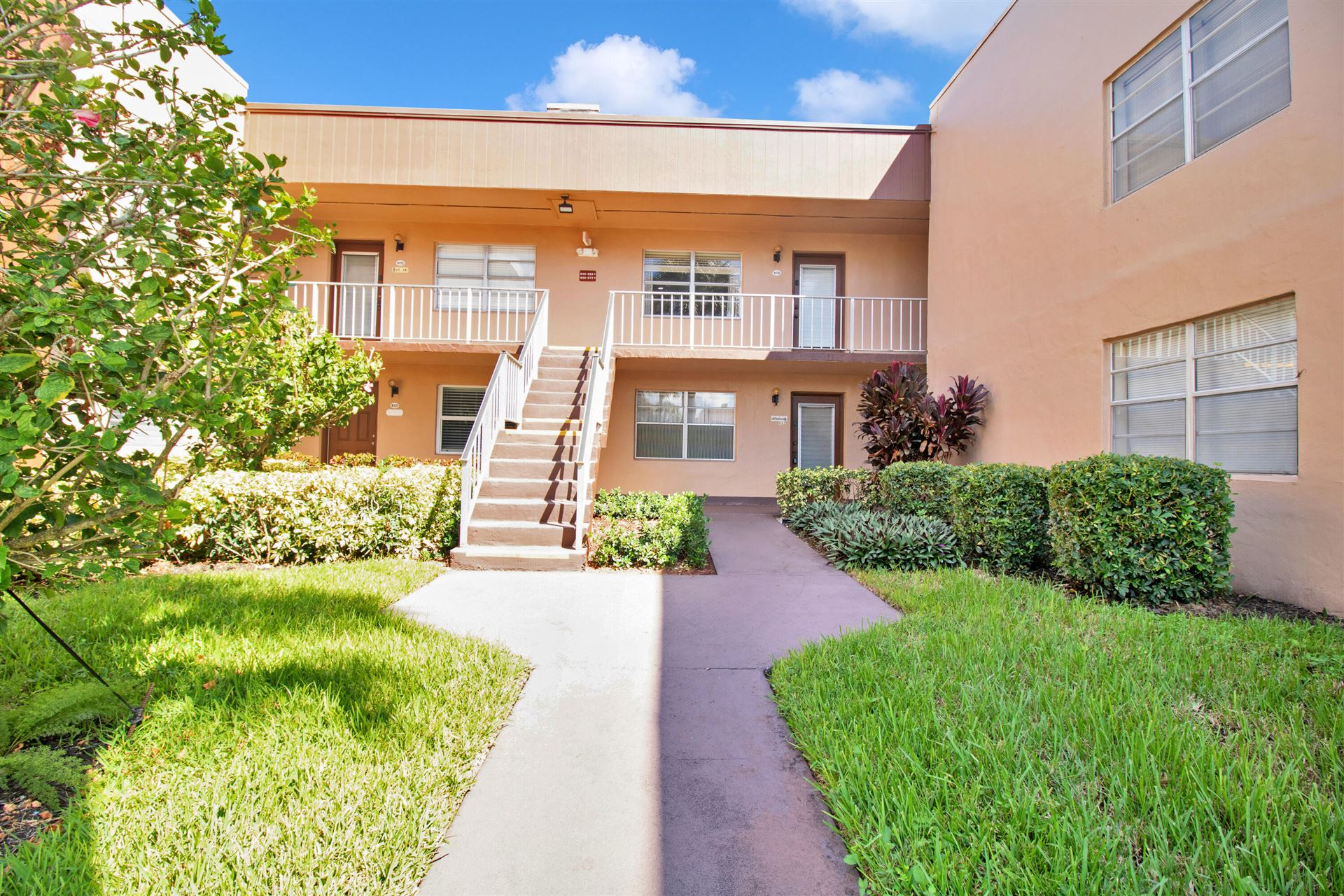 656 Burgundy N, Delray Beach, FL 33484 - MLS#: RX-10751935