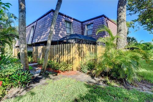 Photo of 7508 Courtyard Run E, Boca Raton, FL 33433 (MLS # RX-10664938)