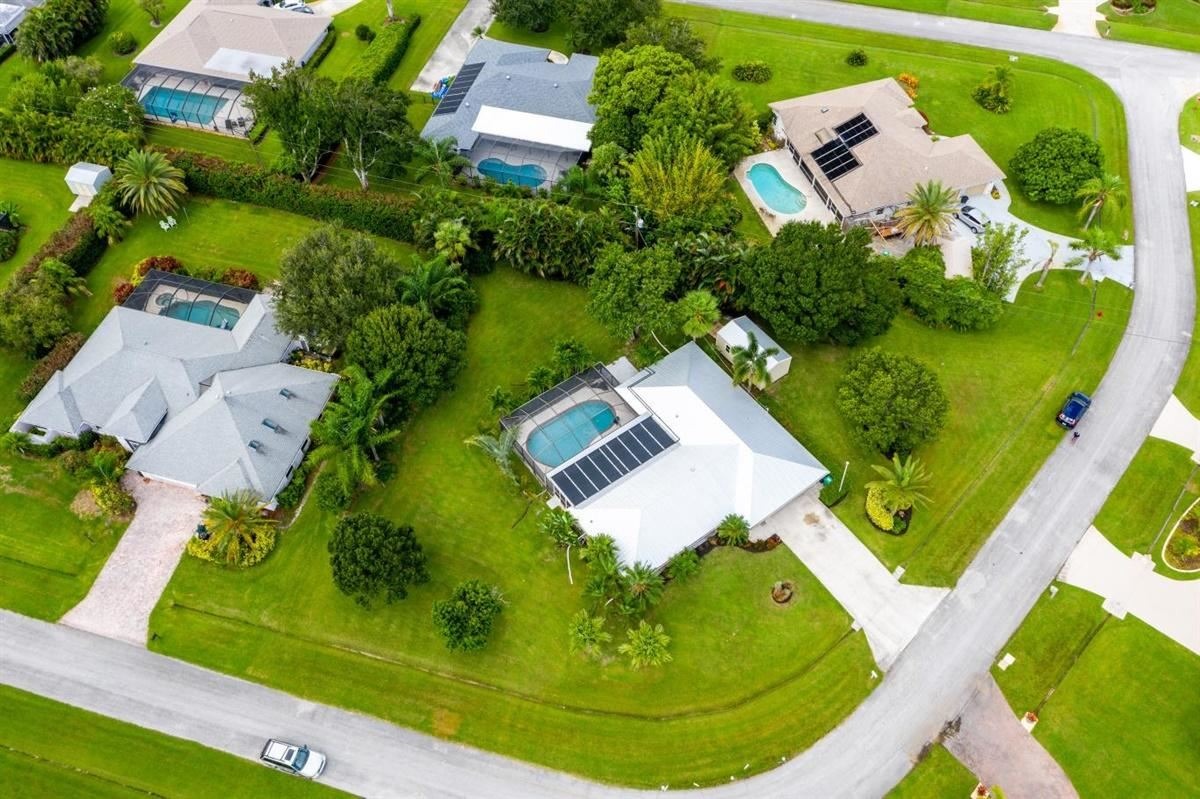Photo of 2910 SE Cates Circle, Port Saint Lucie, FL 34952 (MLS # RX-10649938)