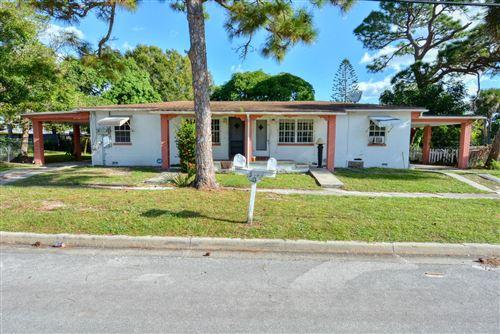 Photo of 502 Wendell Road, Fort Pierce, FL 34950 (MLS # RX-10673942)