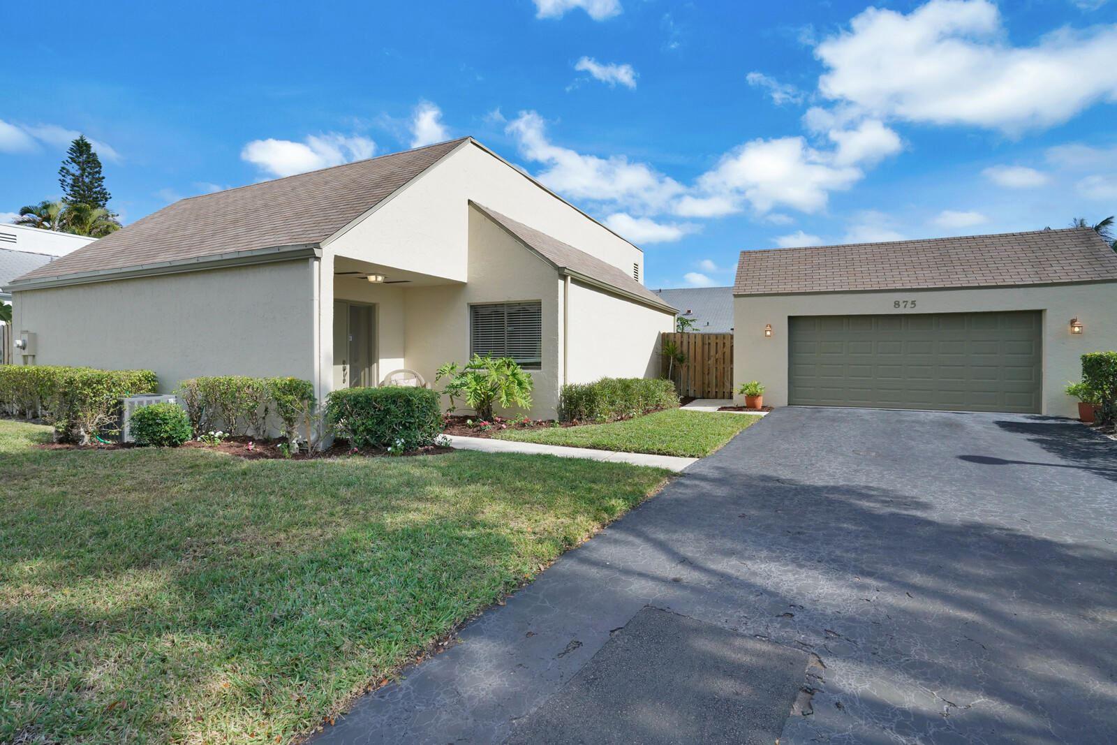 875 NW 22nd Avenue, Delray Beach, FL 33445 - #: RX-10685944