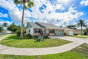 Photo of 110 Wandering Trail, Jupiter, FL 33458 (MLS # RX-10577945)