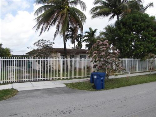 Foto de inmueble con direccion 3881 NW 177 Street Miami Gardens FL 33055 con MLS RX-10600946