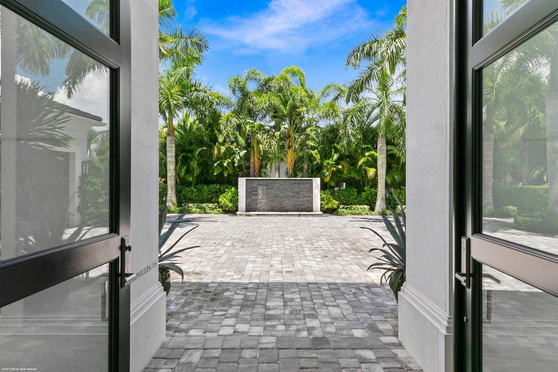 Photo of 12034 Corozo Court, Palm Beach Gardens, FL 33418 (MLS # RX-10638946)