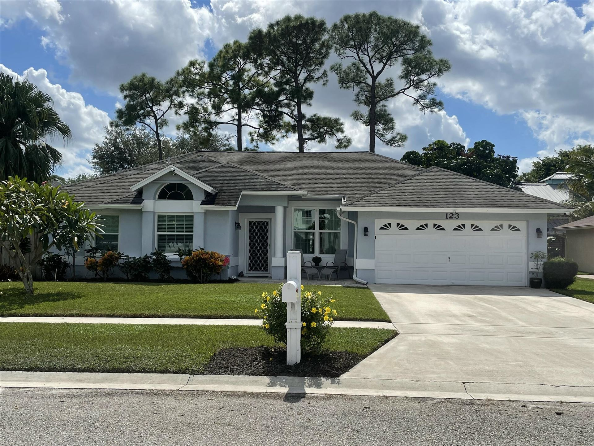 123 Royal Pine Circle N, Royal Palm Beach, FL 33411 - MLS#: RX-10752946