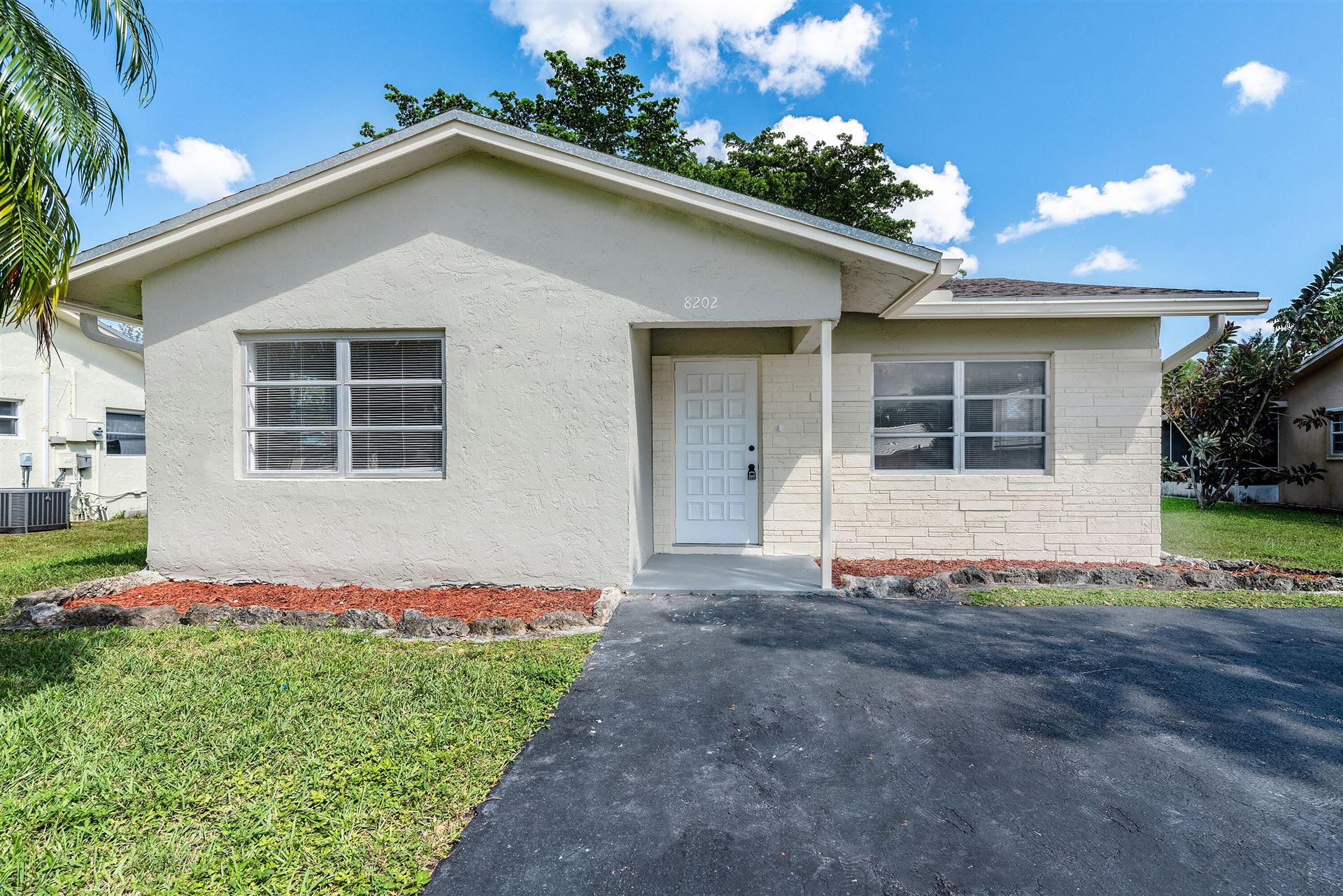 8202 NW 101st Avenue, Tamarac, FL 33321 - MLS#: RX-10750947